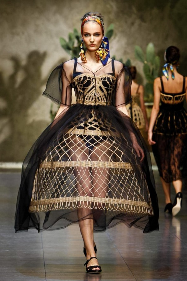 Dolce-Gabbana-Spring2013-06
